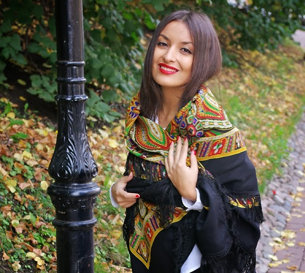 Russian-Shawl