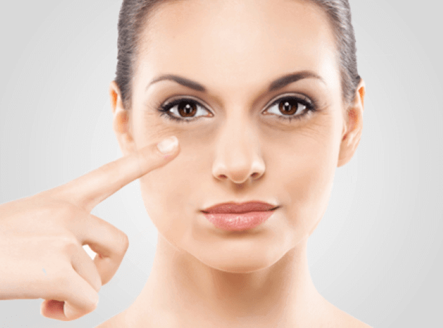 How to Apply Under Eye Concealer
